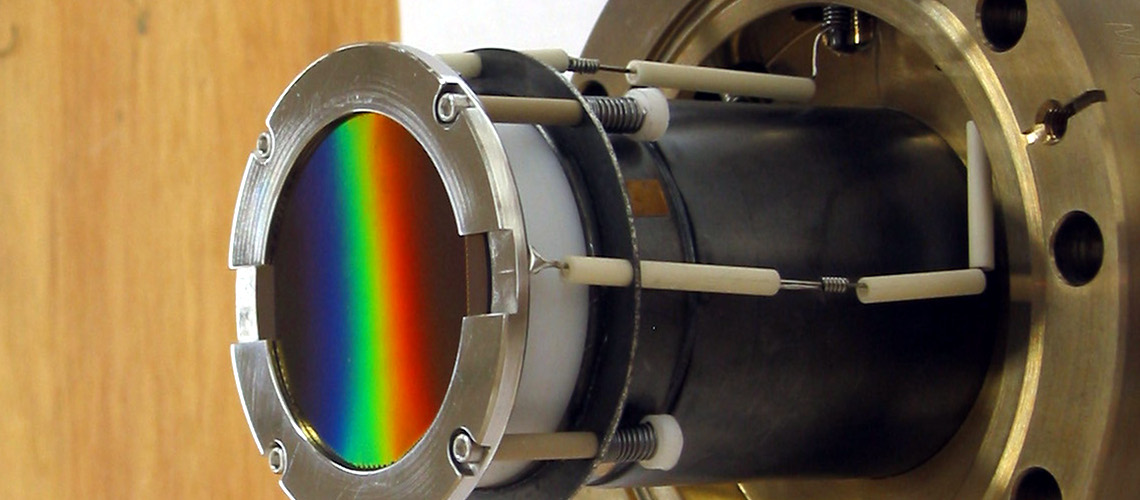 microchannel plate intensifier for vacuum ultraviolet spectroscopy